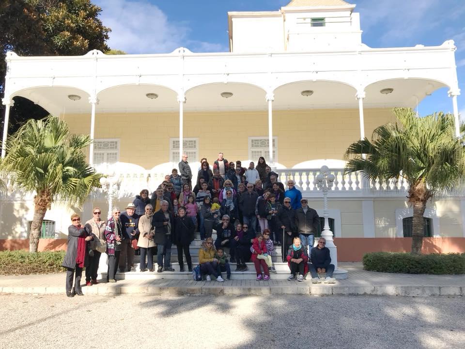 visita guiada a Villa Marco 9 con los niños en la mochila