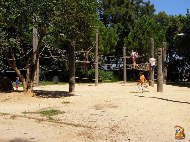 Barcelona-ninos-Montuic