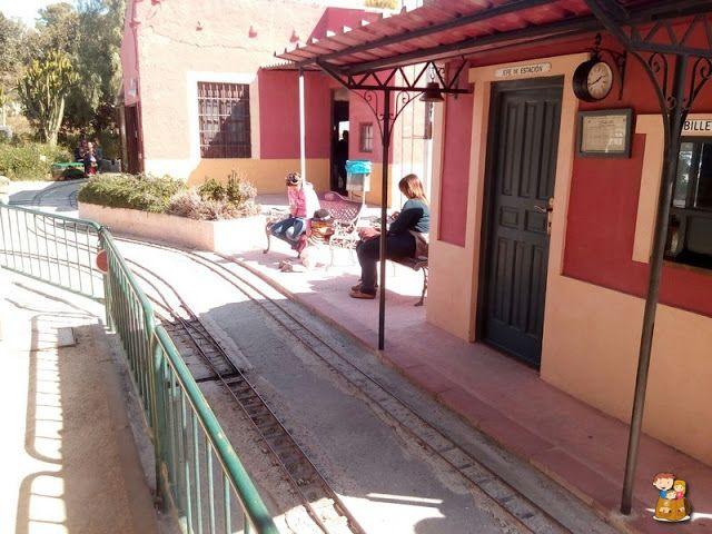 Museo Ferrocarril Circuito trenes Vapor Vivo Torrellano Alicante