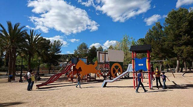 Ibi-planes-con-niños-turismo-familiar-costa-blanca-alicante