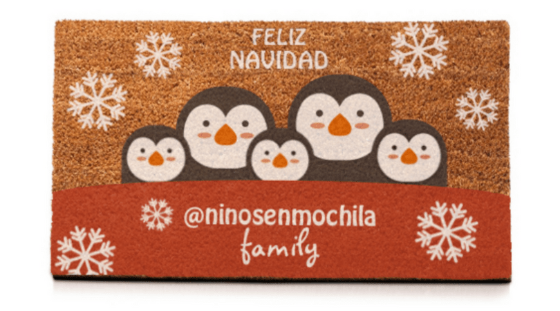 adornos de navidad personalizados felpudo con los ninos en la mochila