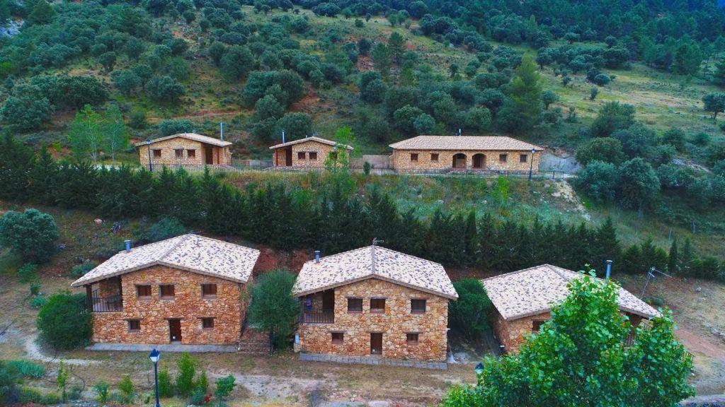 casas rurales cerca de rio mundo 1 con los niños en la mochila