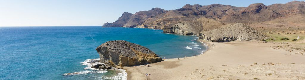 planes con niños en roquetas de mar playa monsul