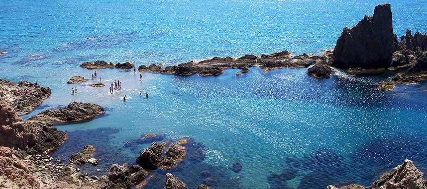 planes con niños en roquetas de mar cala sirenas